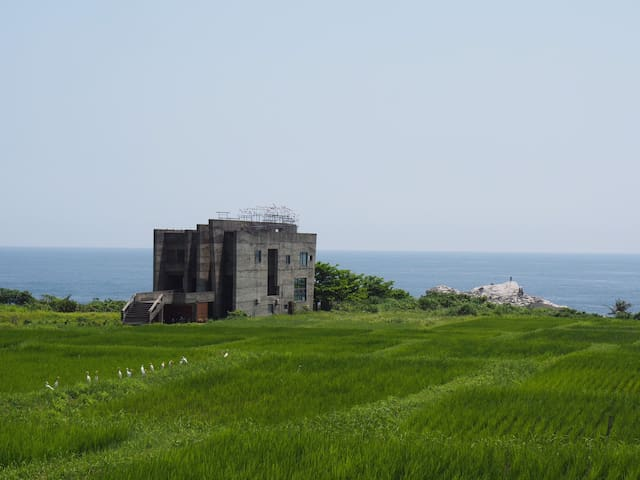 一条視頻/陳奕迅MV拍攝場景,壯闊奔放的東海岸-緩慢;尋路 石梯灣118(月喃房)