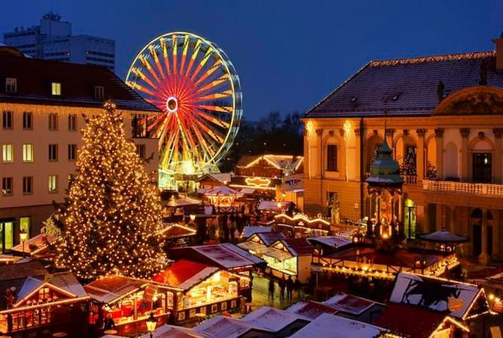 The famous Christmas Market in Budapest