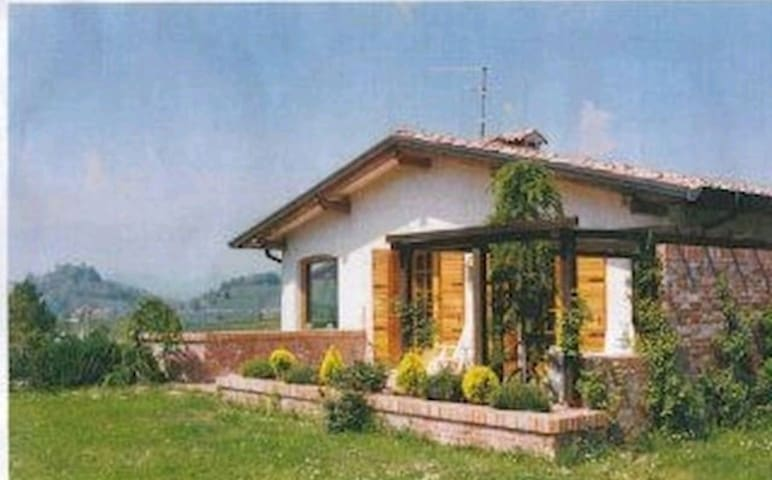 Full peaceful villa near asolo - monfumo - Casa