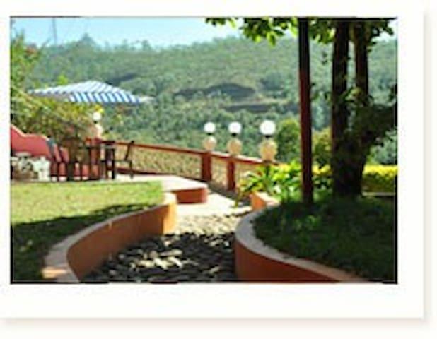 Dorm-stay at Munnar