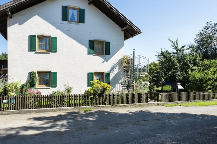 Hill-view Farmhouse in Gogel | Garden | Balcony | Barbecue
