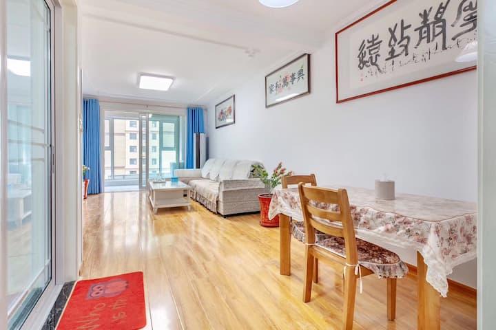 日照蓝天尚东区高层大三居中式休闲度假房