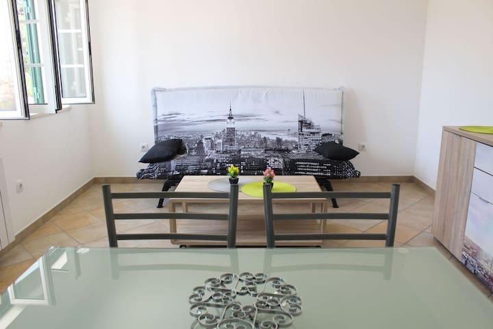 Apartamento T0 - Estúdio