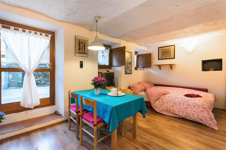 Monolocale in Valtellina - Talamona - Appartement
