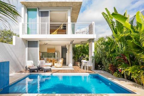 Marina front 2BD Villa stay more 30% off