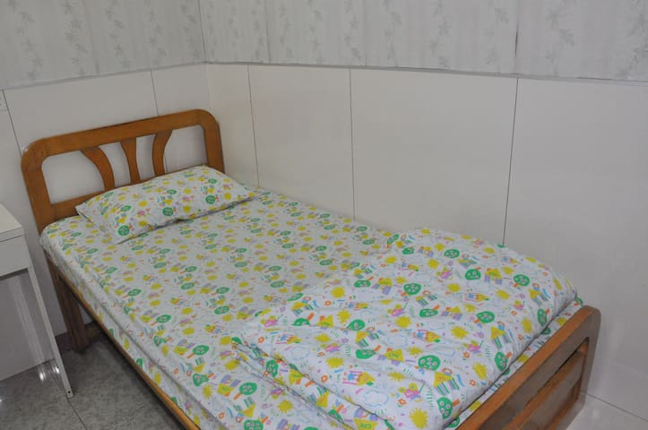 Singlebed Private Bathroom (Monthly for Students)