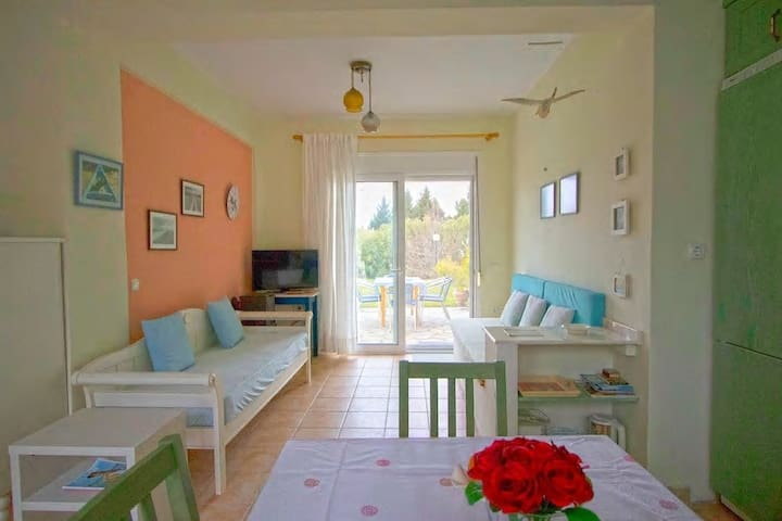 Dina Giannis Summer maisonette