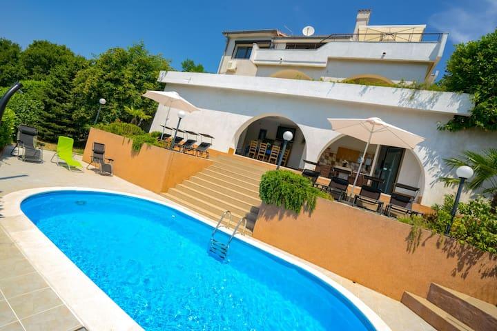 Kuća za odmor Villa Carlylocs (Vila Kosjenka)