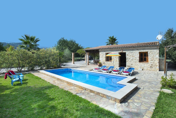 Enjoy the Private Pool in Beautiful Villa Marina Golf