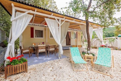 Estación de acampada Tina Vrsar, casa móvil superior