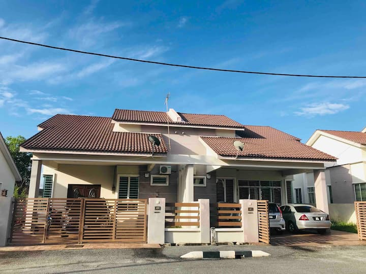 JL Planet - Jitra rooms for 2/3persons