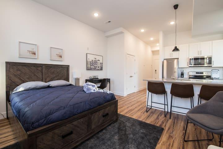 StayBetter | The Girard | Stylish Studio + Kitchen