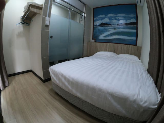 123 小窝 (room 1 独立卫生间/大床)