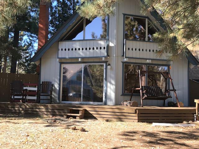 Dar's cabin in the woods 1 License# 011229