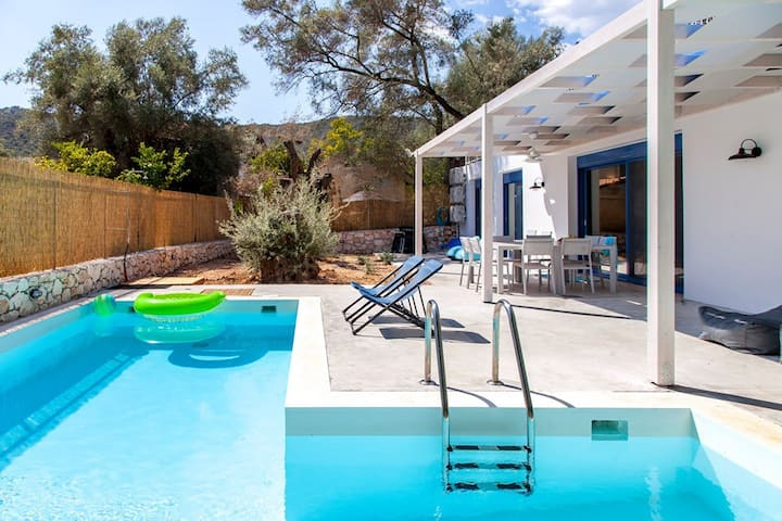 Villa Galini With Pool 5 min by foot from theBeach