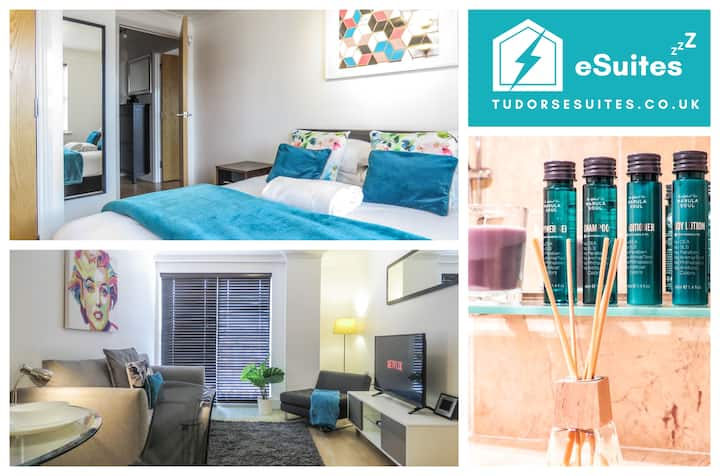 🌟Tudors eSuites🌟 Canal Side Apartments 👔 Balcony 💫