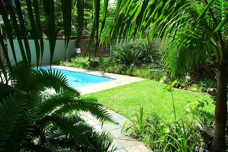 Spacious, twin / king size bed room - Saint Lucia - Penzion (B&B)