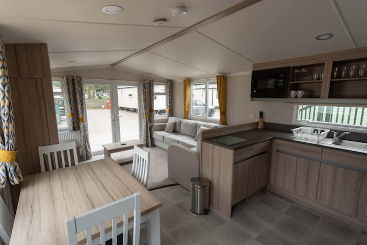 The Salmon Van - Beautiful, luxury static caravan