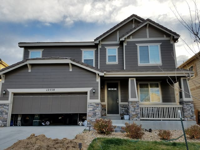 2BD in beautiful family home just north of Denver