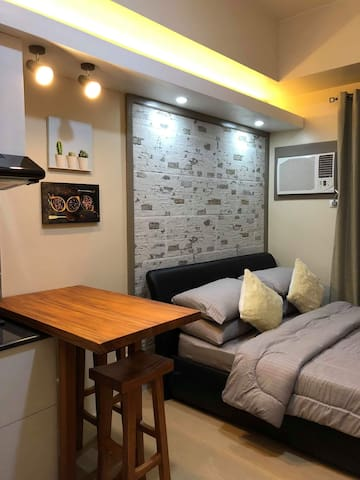 Hotel Quality Accommodation in Ayala + Kitchen