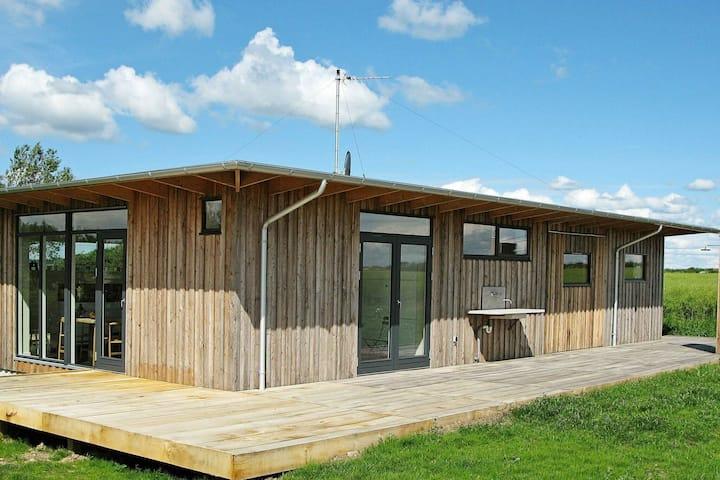 Maison de vacances pittoresque avec terrasse à Thyholm