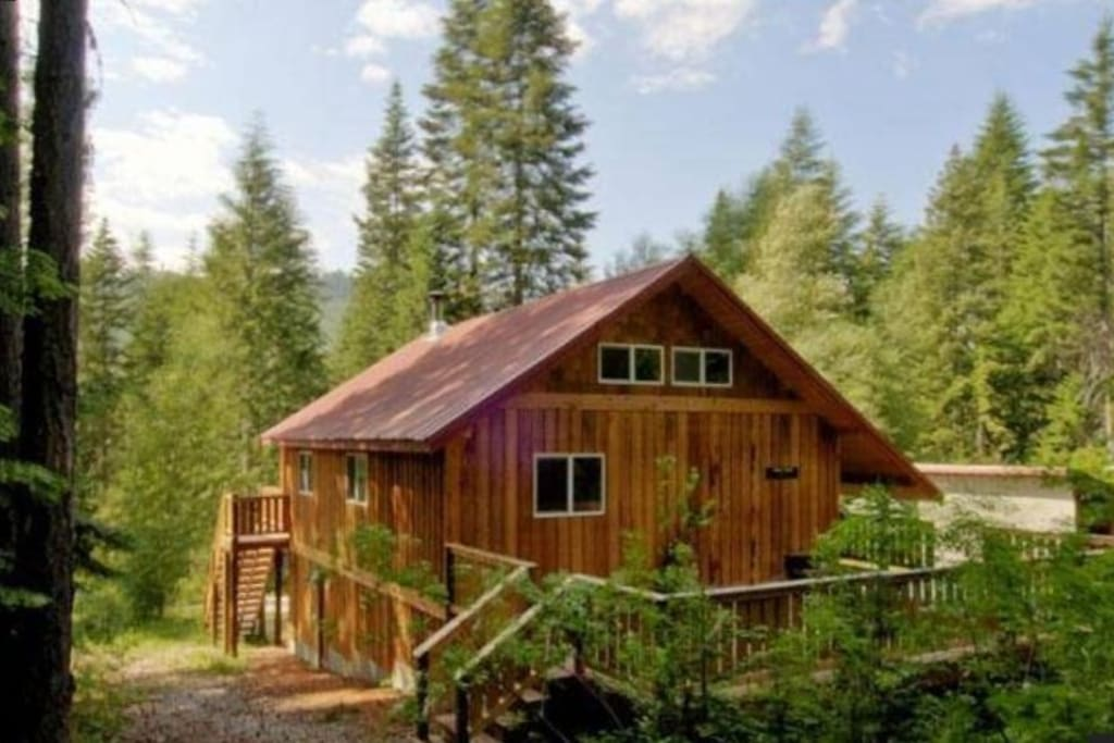 Leavenworth Cabin Hot Tub Near Lake Wenatchee Houses