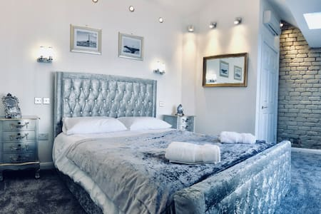 Modern Luxury Home Apartment Blackpool Town Centre