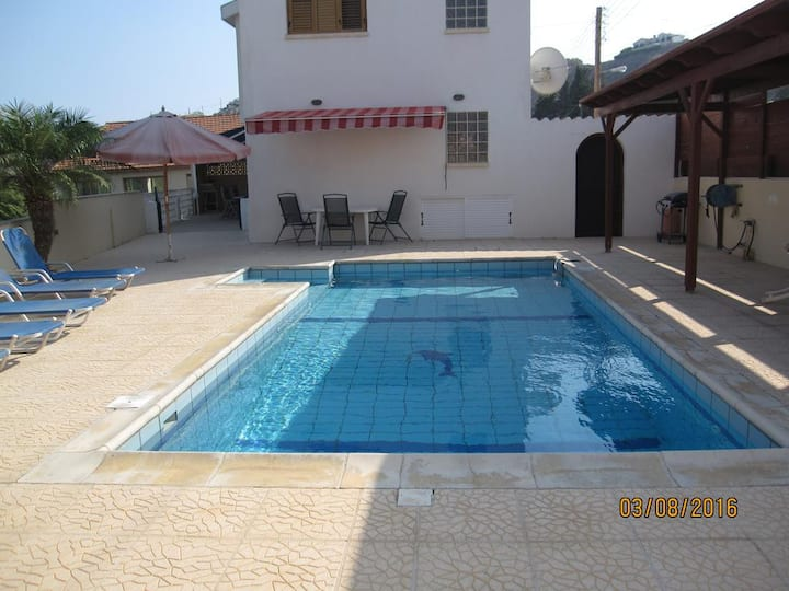 Galini Villa Pissouri with private swimming pool