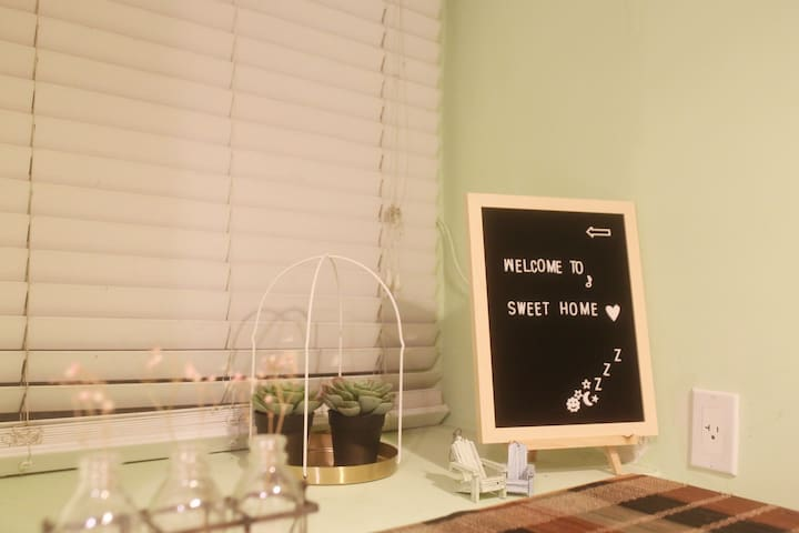 Cozy Welcome window decoration. Welcome to the home away from your  home