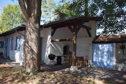 Maison forestière en bord d'Essonne