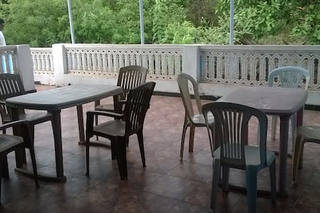 3 bedrooms with private terrace near Vagator beach - Anjuna