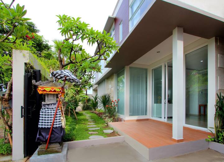 Modern 8 Bedroom House at Kuta