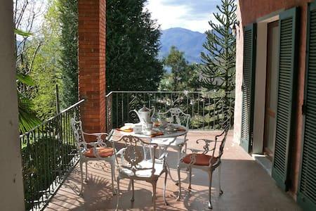 Casa Miasino Idylle mit Weitblick am Ortasee - Miasino - Dům