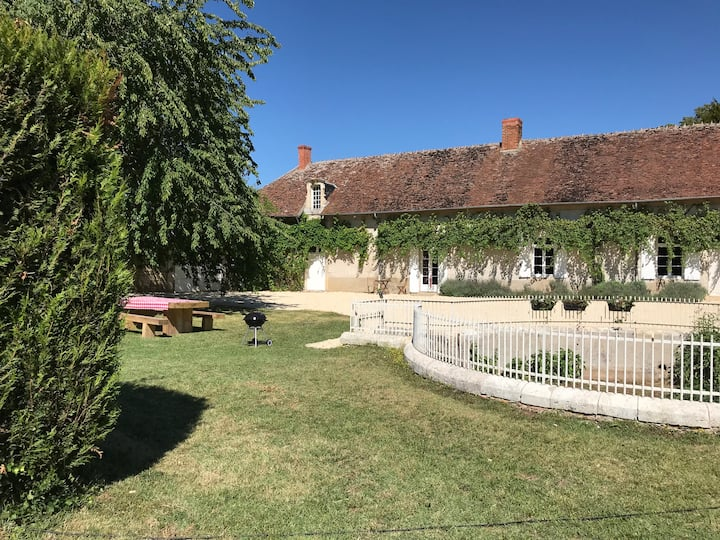 Gite and swimming pool within Chateau parkland