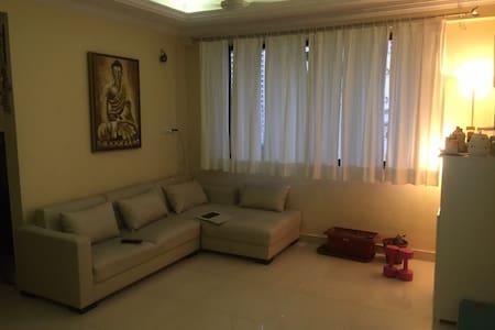 Beautiful house in Classy Location (Mumbai) - Mumbai - Apartment