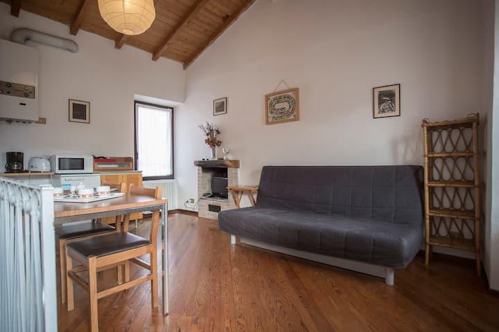 Secondo Piano, Borgo Antico - CALDÈ