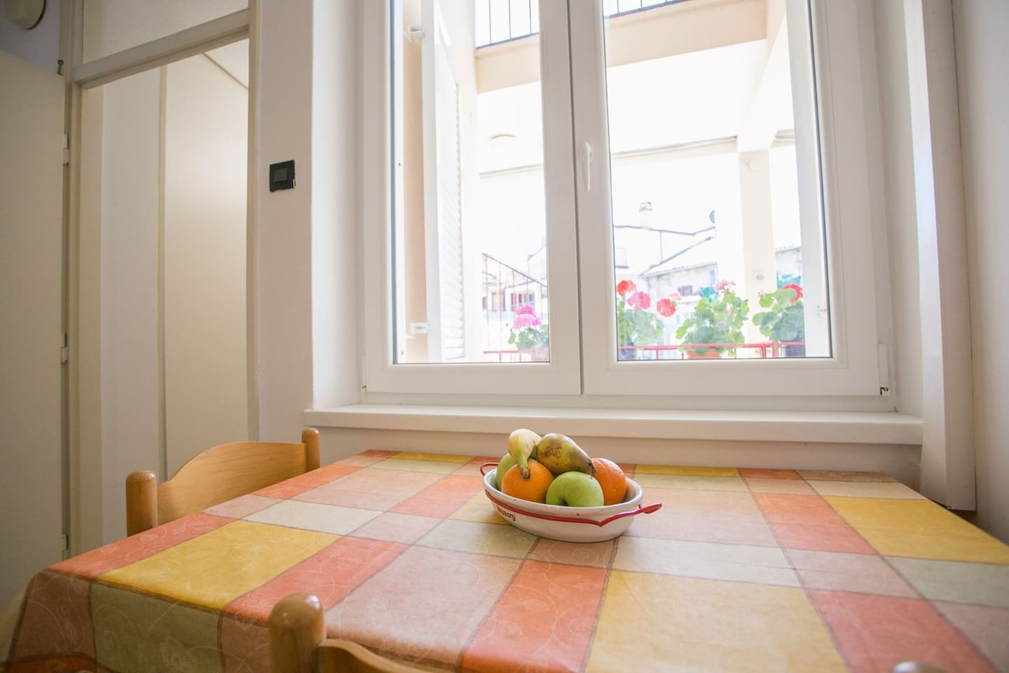 Tomicic Apartments / Old Town Apartment Tomicic with Direct Sea View II