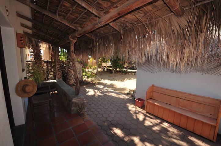 Beautiful Space in Todos Santos - Blue Room