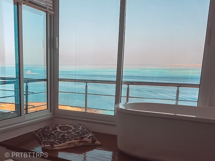 Amazing 2bdr seaview flat in the heart of Hurghada