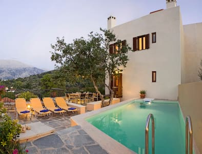 Amari Villas: calm and comfort in the real Crete - Amari - Casa de camp