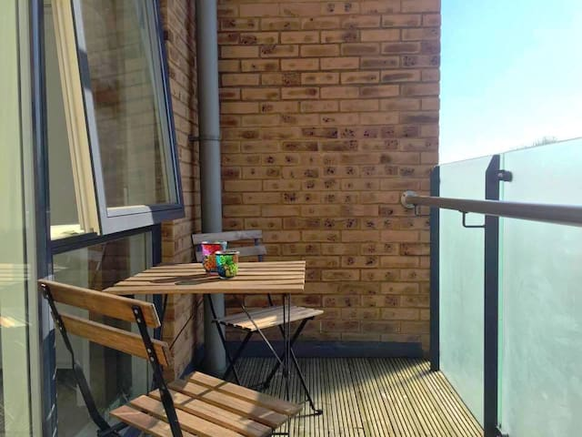 Lovely 1-bed flat with balcony near Tower Bridge - London - Apartment