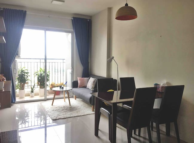 Comfy room in cute apartment|City center| Pool&gym