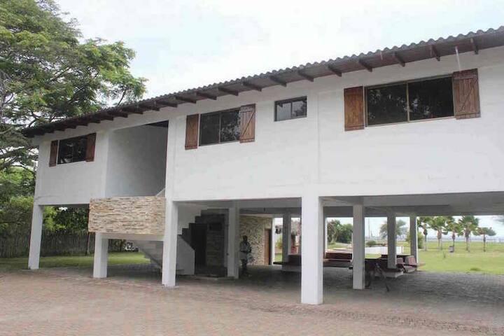 Casa Montañita - Montanita - House