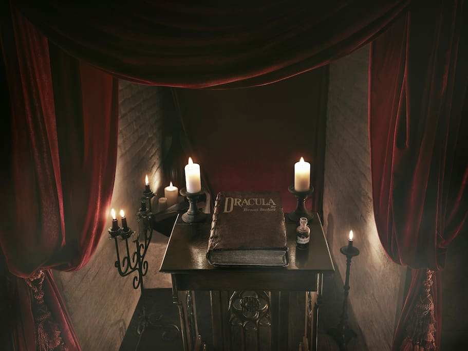 Enjoy reliving the legendary Dracula novel while making your own history.