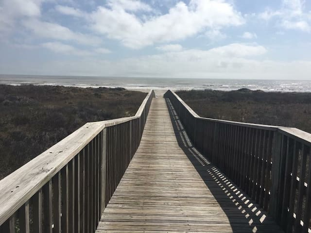 Walkway over to the beach .... just steps from the house!