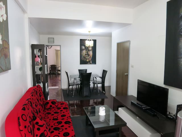 PB4: 1-Bedroom apt. | Old City | Fast WiFi - Chiang Mai - Appartement