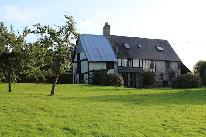 La Sagerie: 17th Century farmhouse and garden ***