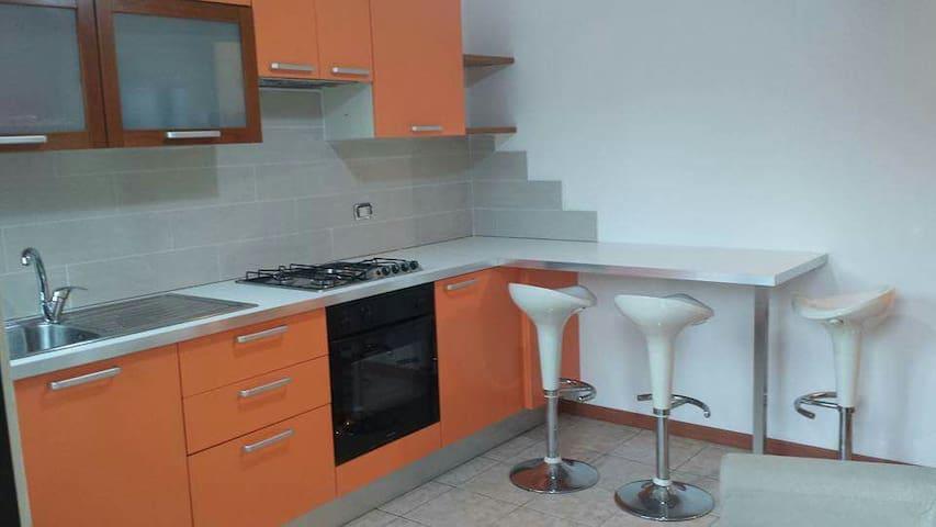 Appartamento confortevole e  ben servito - Cislago - Wohnung