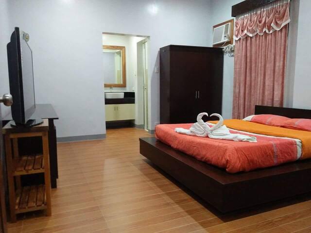 Long Stay Aircon Room at the Peak - PH - Lägenhet