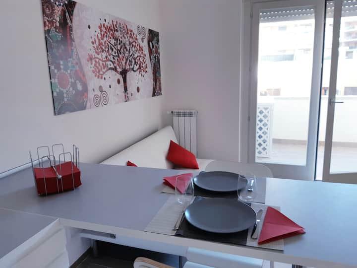 Appartamento nuovo  zona pedonale Parco Leonardo